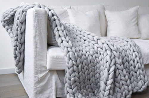 Clootess Throw Chunky Knit Blanket for Bedroom Home Decor